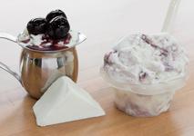 Saveurs de gelato gateau au fromage et cerises macarena du Quai des glaces