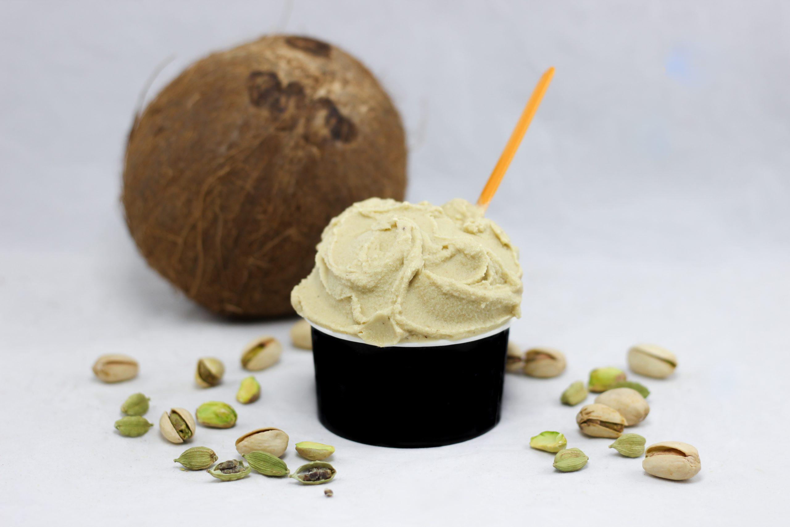 Pistache, coco, cadamome (glace végane)